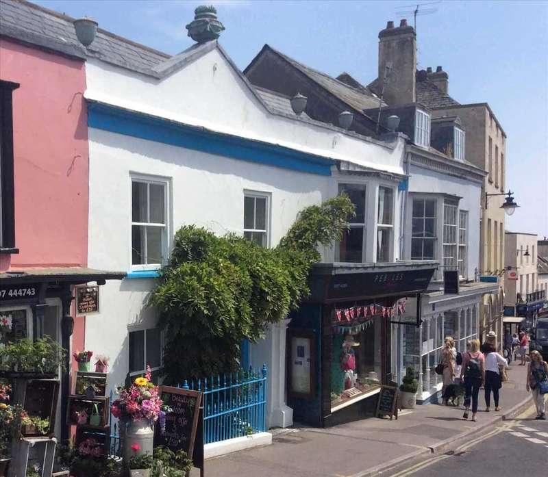 3 Bedrooms Terraced House for sale in Sherborne House, Lyme Regis