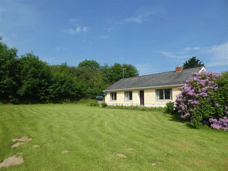3 Bedrooms Smallholding Commercial for sale in 4 MIles Coast, Near Newcastle Emlyn