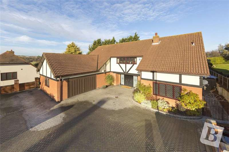 5 Bedrooms Detached House for sale in Barleymow Close, Chatham, Kent, ME5
