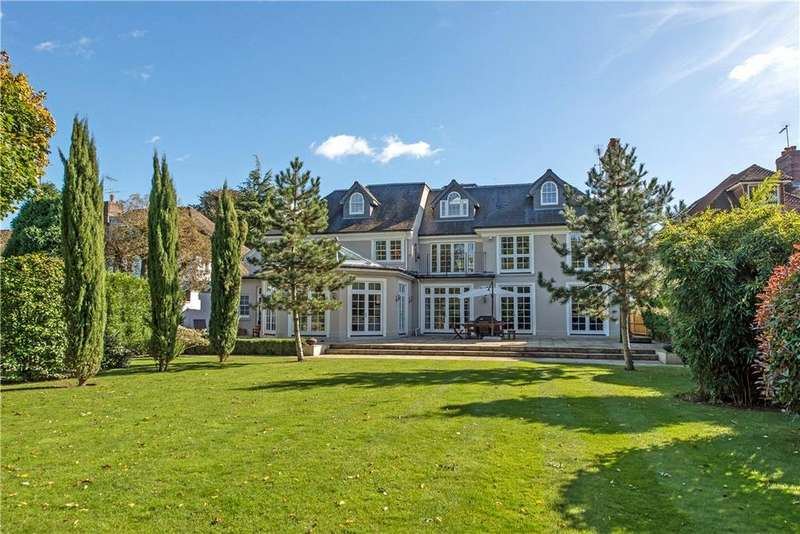 5 Bedrooms Detached House for sale in Roedean Crescent, Nr Richmond, London, SW15