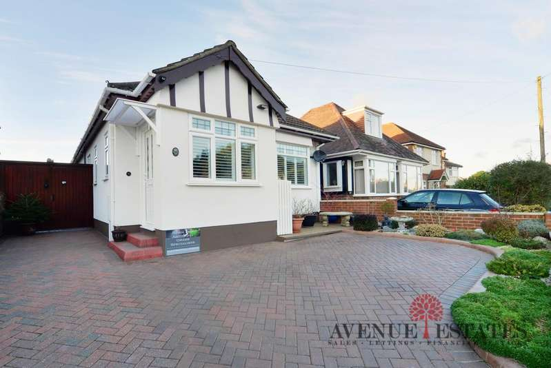 3 Bedrooms Bungalow for sale in Pine Vale Crescent BH10