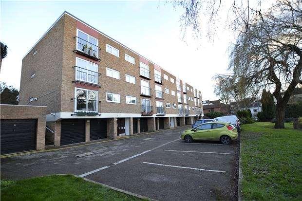 2 Bedrooms Flat for sale in Westbury Court, Bristol, BS9 3HA