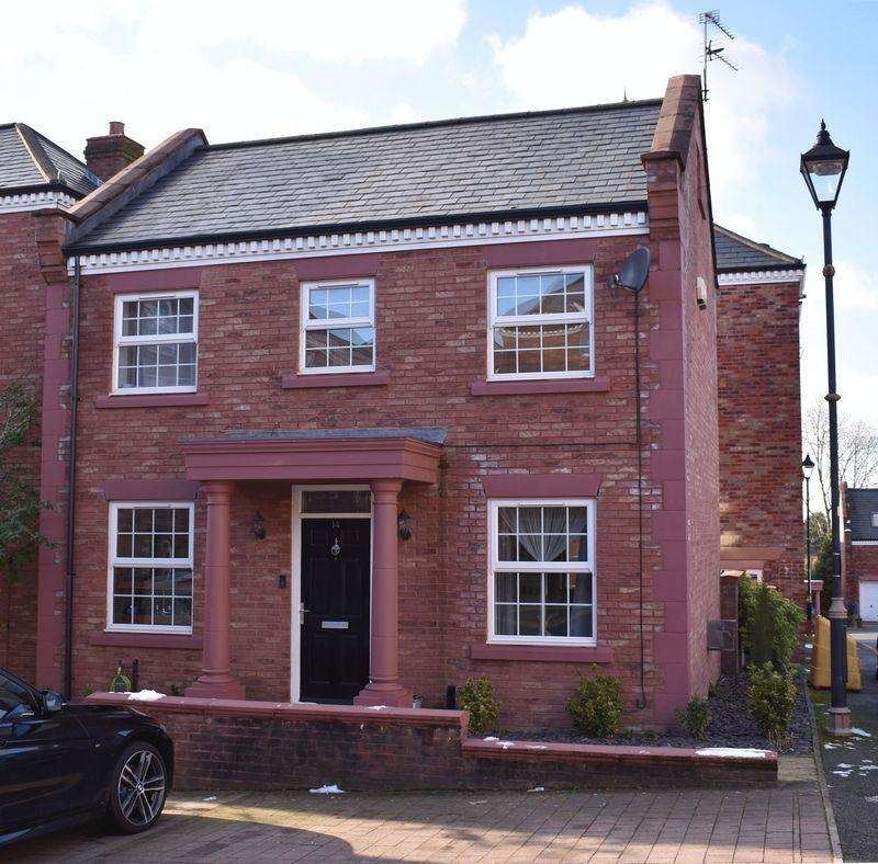 3 Bedrooms Detached House for sale in Woodland View, Hyde