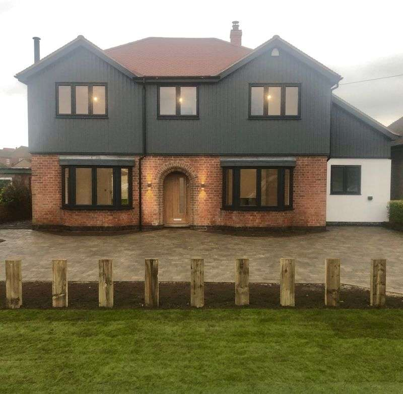 4 Bedrooms Property for sale in West Leake Road, Loughborough