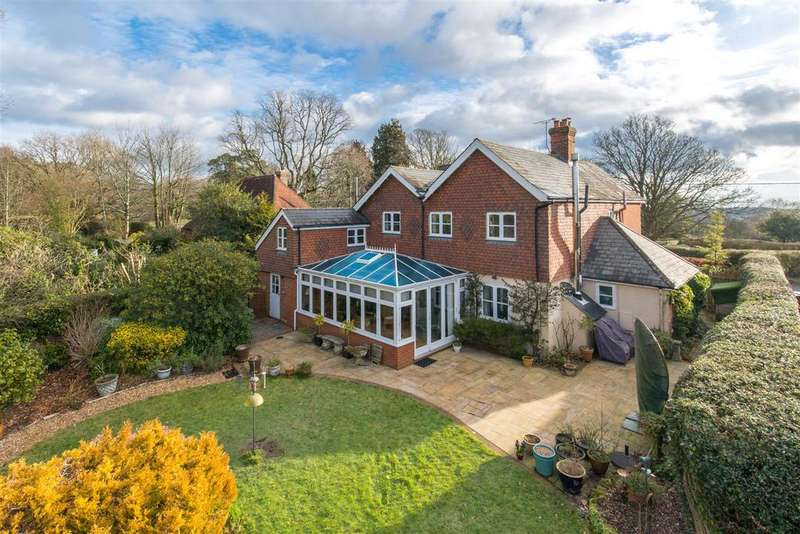 4 Bedrooms Detached House for sale in Waldron
