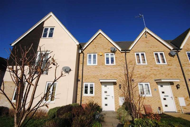 3 Bedrooms Terraced House for sale in Warbler Road, Leighton Buzzard