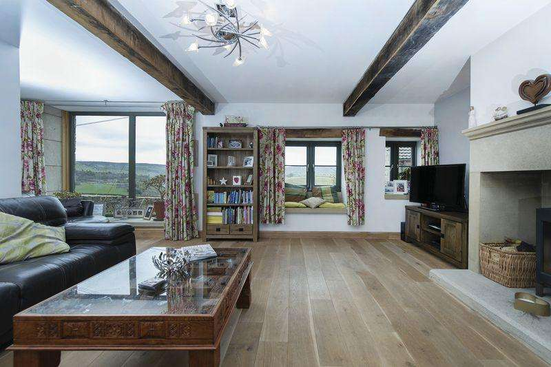 5 Bedrooms Barn Conversion Character Property for sale in Four Springs Barn, Scammonden Road, Barkisland HX4 0EL