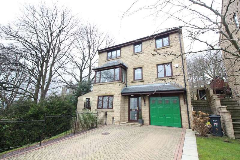 5 Bedrooms Detached House for sale in Stratton Close, Brighouse, HD6