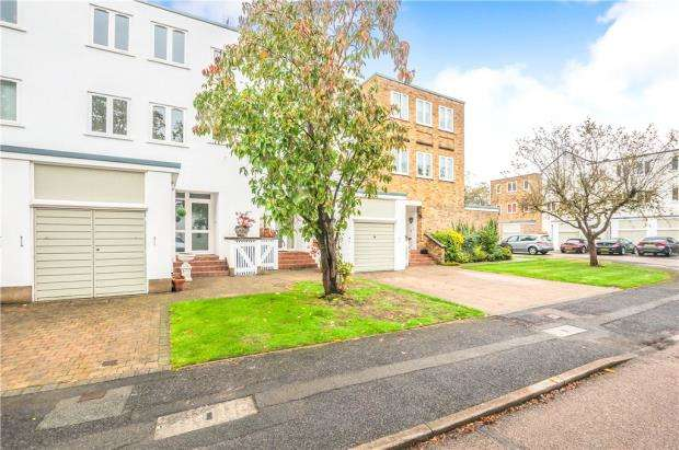 3 Bedrooms Terraced House for sale in Braybank, Bray, Maidenhead