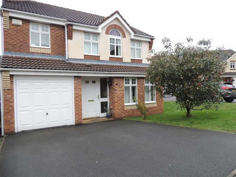 4 Bedrooms Detached House for sale in Hill Bank Close, Stalybridge