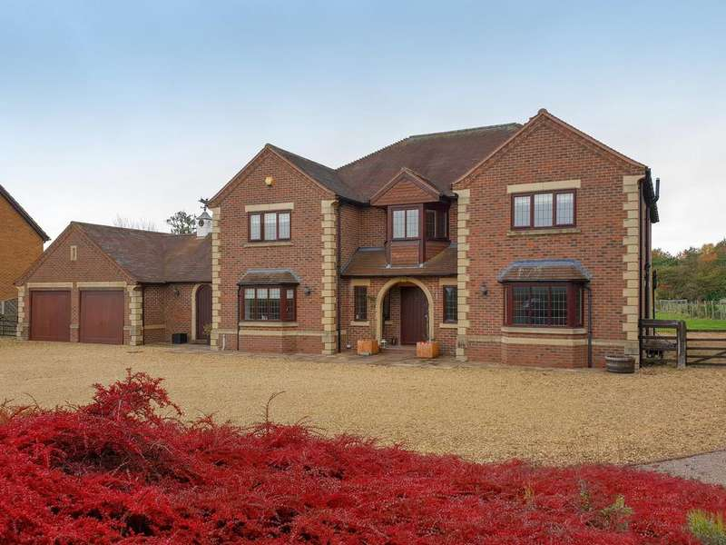 6 Bedrooms Detached House for sale in Main Road, Dyke