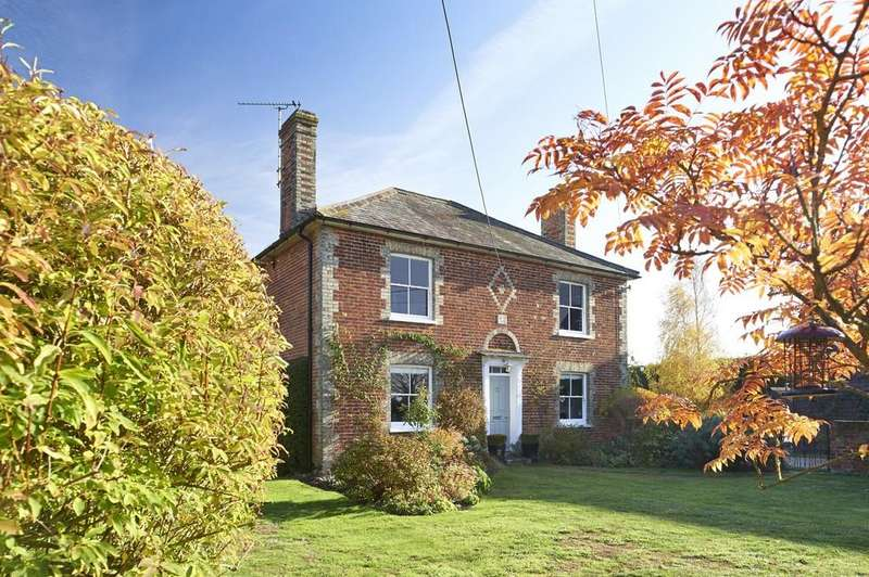 5 Bedrooms Detached House for sale in Little Tey, Colchester, CO6 1JA