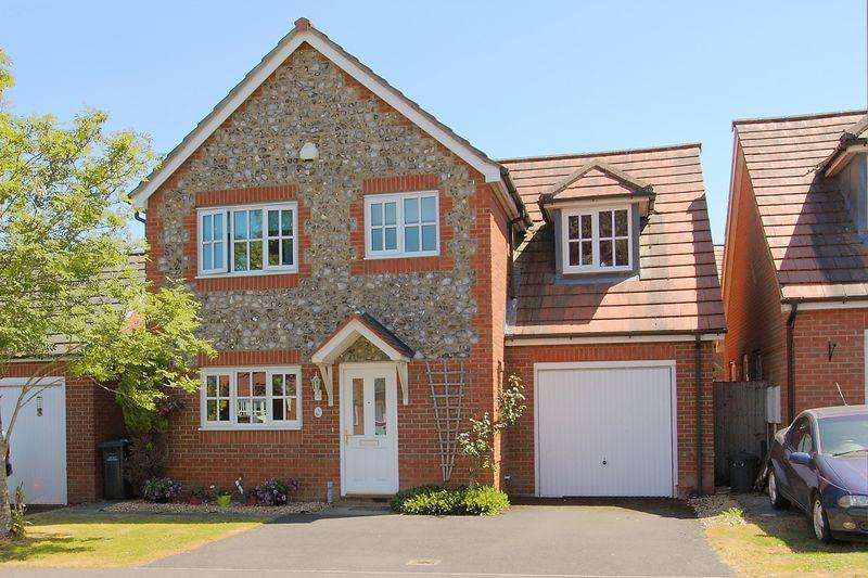 4 Bedrooms Detached House for sale in Blueberry Gardens, Andover