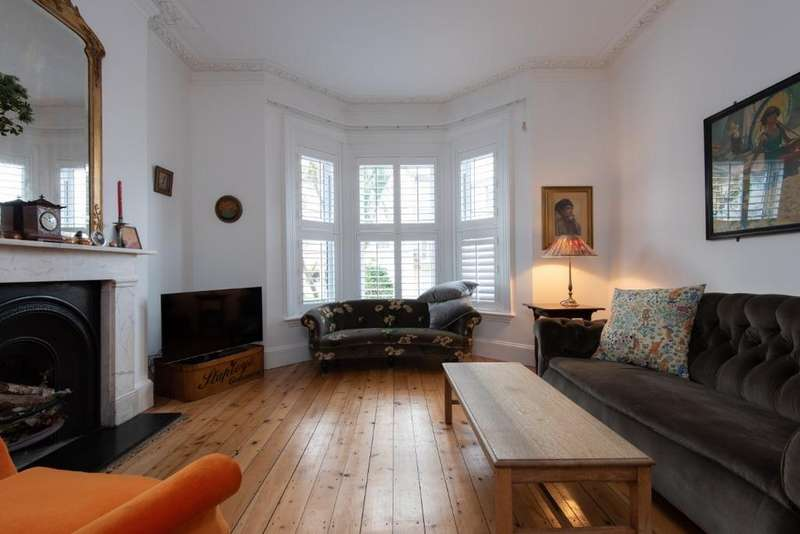 4 Bedrooms Semi Detached House for sale in Fonthill Road, Hove, East Sussex, BN3