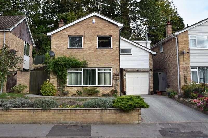 4 Bedrooms Detached House for sale in Long Mickle, Sandhurst
