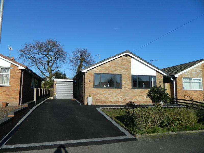 4 Bedrooms Detached House for sale in Brookland Drive, Sandbach