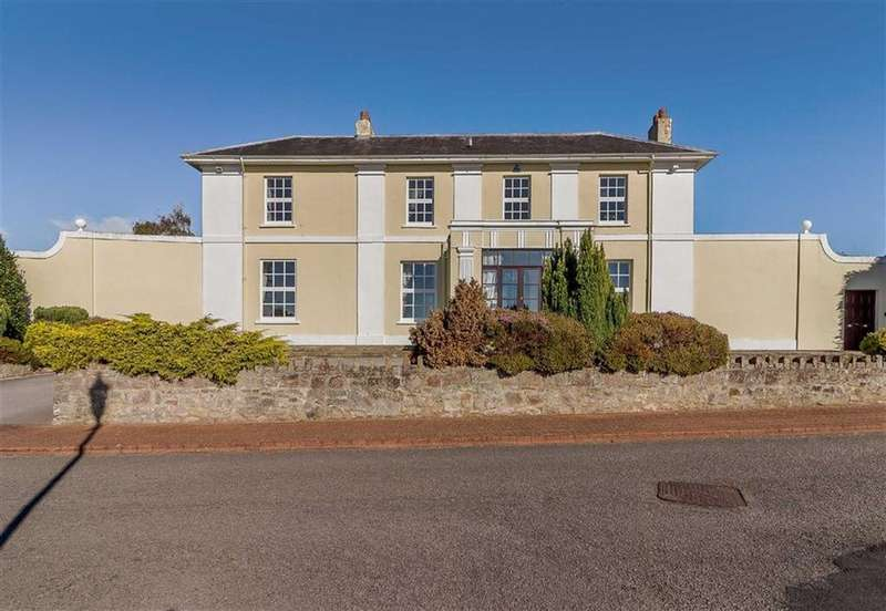 5 Bedrooms Detached House for sale in Pwllmeyric, Chepstow, Monmouthshire