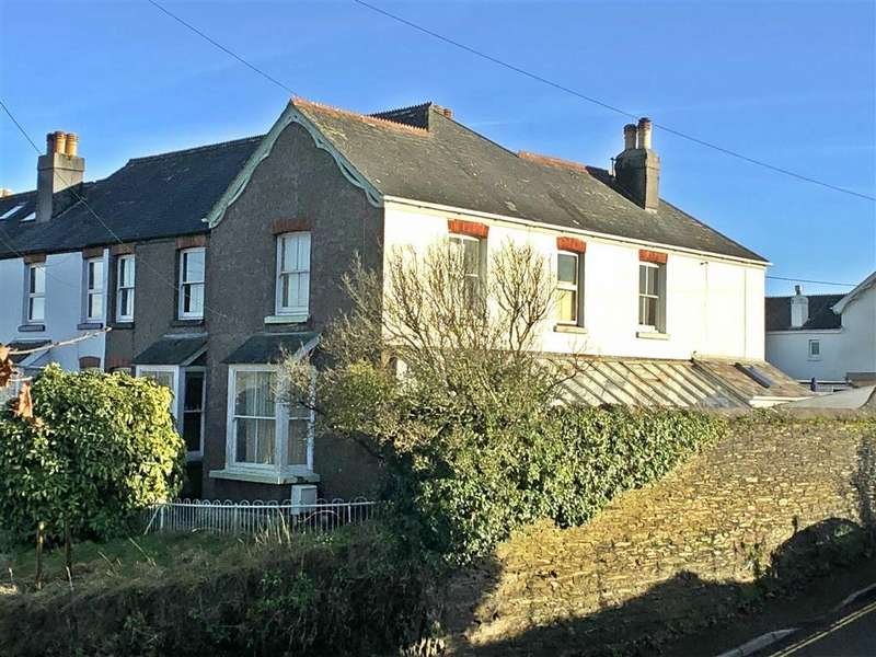 3 Bedrooms Semi Detached House for sale in Alvington Terrace, Kingsbridge, Devon, TQ7