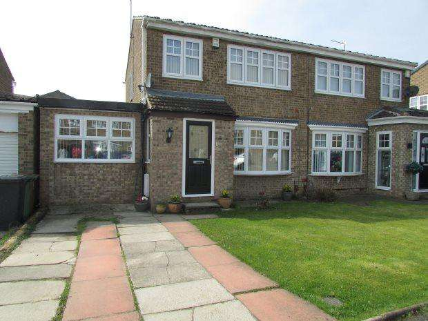 3 Bedrooms Semi Detached House for sale in FELIXSTOWE CLOSE, FENS, HARTLEPOOL