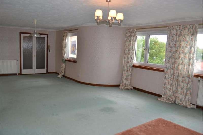 3 Bedrooms Flat for sale in 7b Orchard Street, WEST KILBRIDE, KA23 9AF