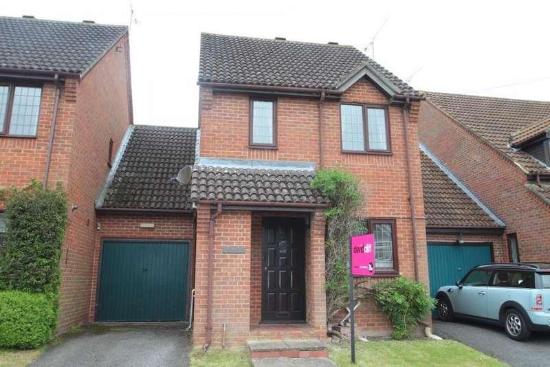 3 Bedrooms Link Detached House for sale in Emmets Nest, Binfield, RG42