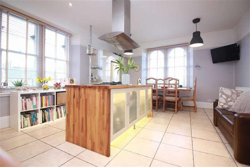 3 Bedrooms Apartment Flat for sale in Pembroke Road, Clifton, Bristol