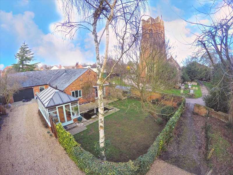 3 Bedrooms Bungalow for sale in Mill Lane, Thorpe-le-Soken