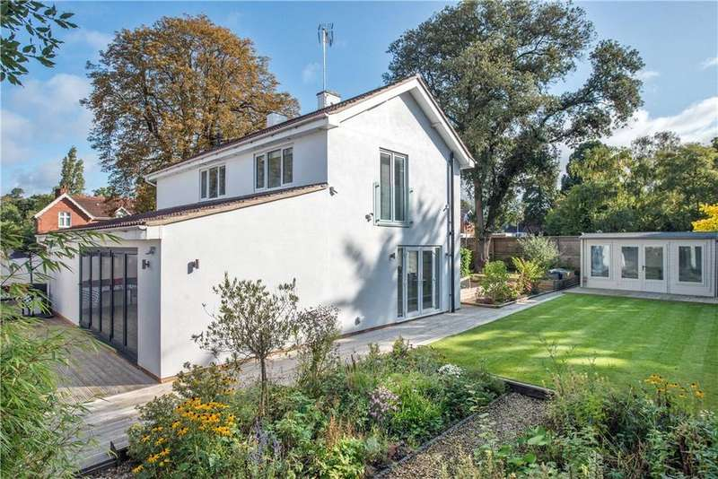 3 Bedrooms Detached House for sale in Evesham Road, Cheltenham, Gloucestershire, GL52