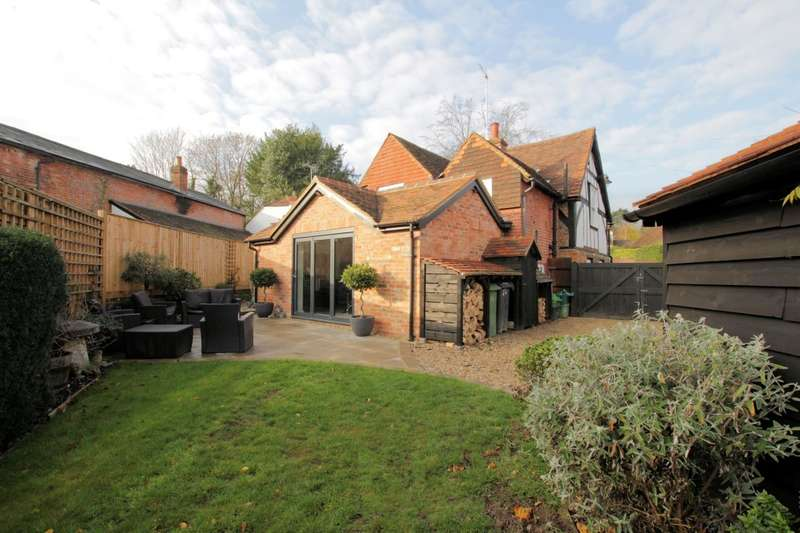4 Bedrooms Detached House for sale in Pangbourne Hill, Pangbourne, Reading, RG8