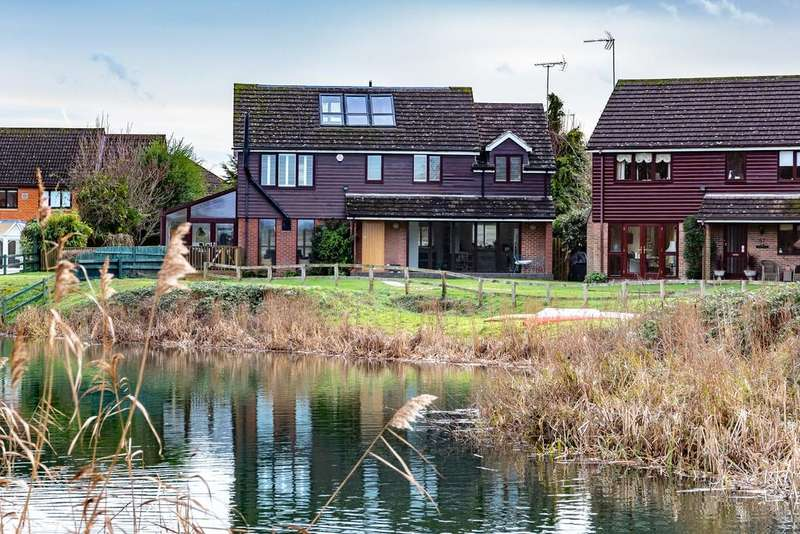 4 Bedrooms Detached House for sale in Tithe Barn Drive, Maidenhead
