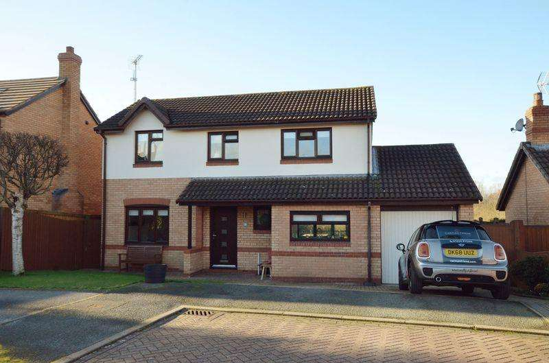 4 Bedrooms Detached House for sale in Daniell Way, Great Boughton, Chester