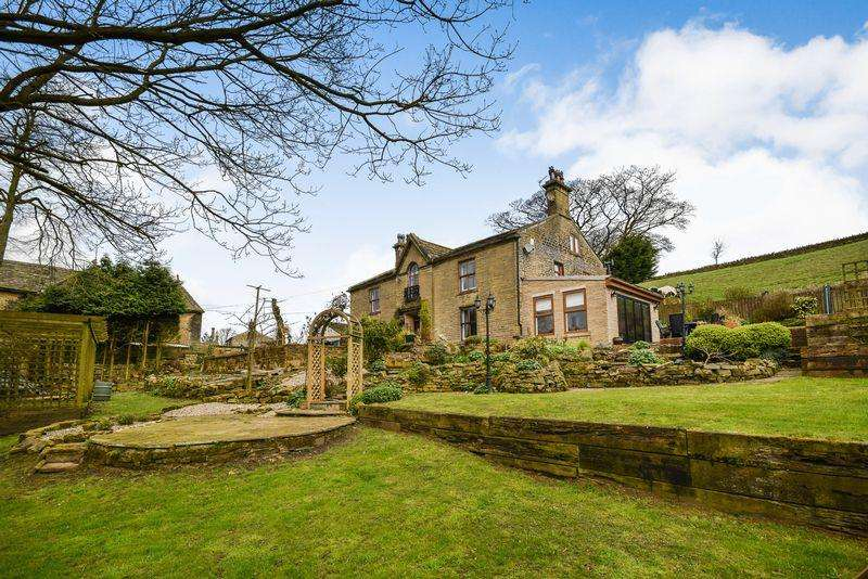 5 Bedrooms Farm House Character Property for sale in Stream Head, Thornton, Bradford