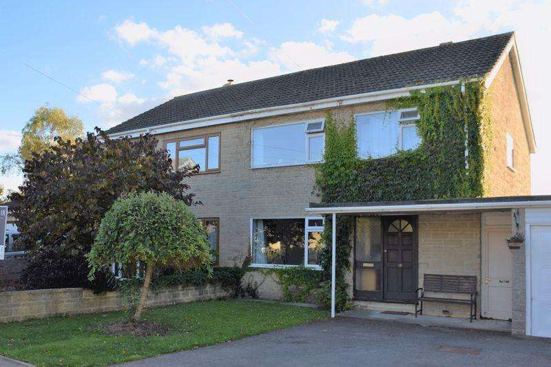 4 Bedrooms Semi Detached House for sale in BROADMEAD CLOSE, MOSTERTON, BEAMINSTER
