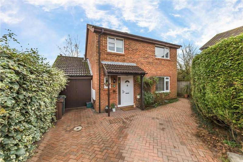 4 Bedrooms Detached House for sale in Camberley Place, Harpenden, Hertfordshire