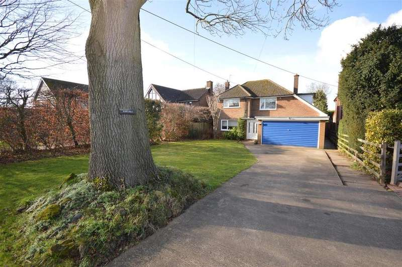 4 Bedrooms Detached House for sale in The Green, Coleshill, Birmingham