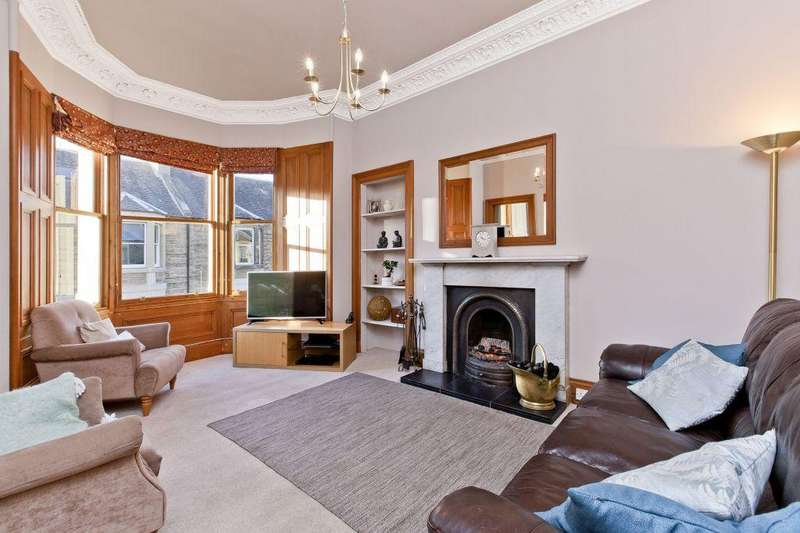4 Bedrooms Maisonette Flat for sale in 25 Hollybank Terrace, Shandon, EH11 1SP