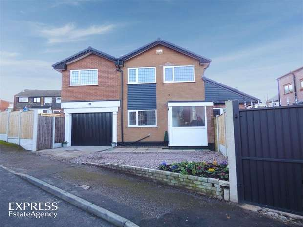 4 Bedrooms Detached House for sale in Old Road, Dukinfield, Greater Manchester