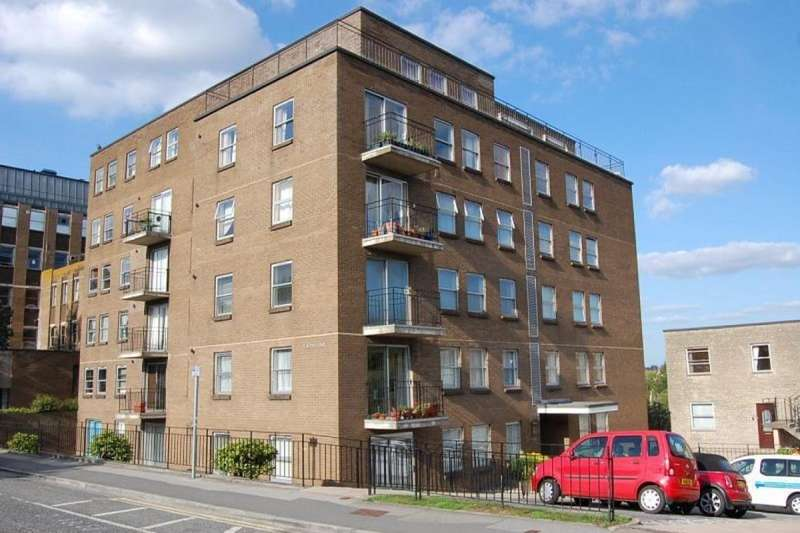 1 Bedroom Flat for sale in Temple Street, Keynsham, Bristol, BS31