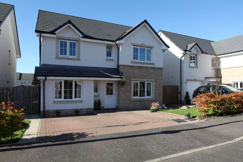 4 Bedrooms Detached House for sale in Lochy Rise, Dunfermline, Fife, KY11 8XP