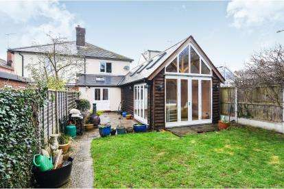 4 Bedrooms Semi Detached House for sale in Braintree, Essex, .