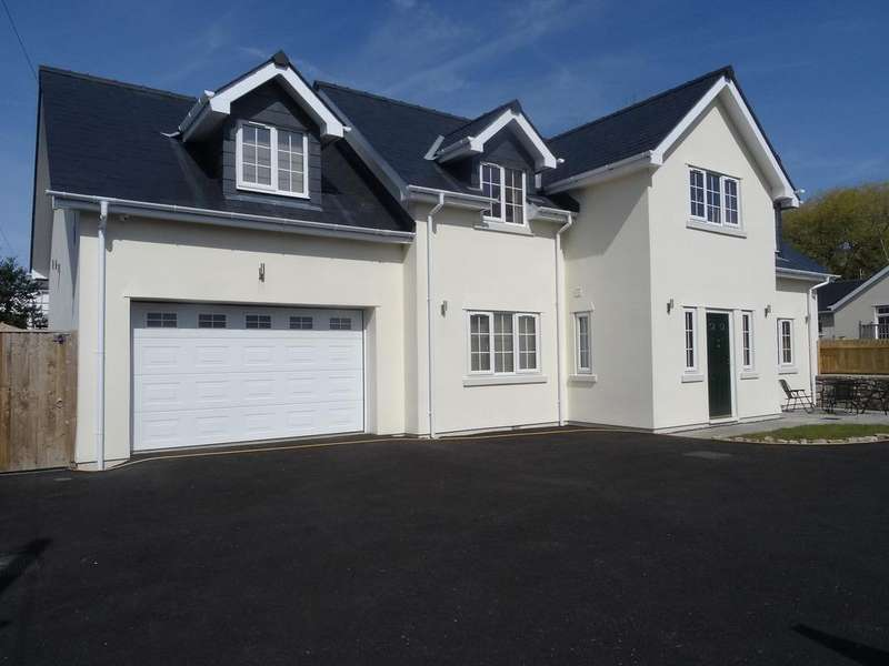 4 Bedrooms Detached House for sale in NEWTON VILLAGE, PORTHCAWL, CF36 5PH