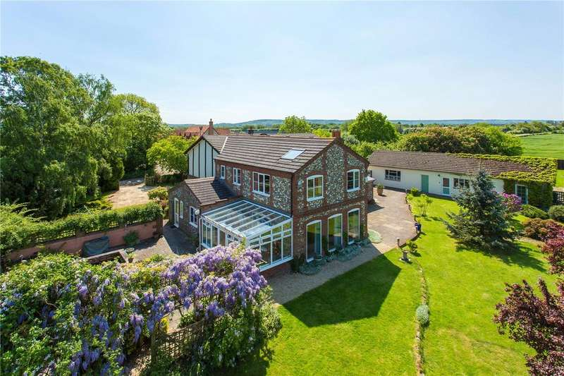 6 Bedrooms Detached House for sale in Towersey, Thame