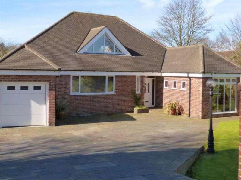 4 Bedrooms Detached Bungalow for sale in Prescot Road, Aughton, Ormskirk