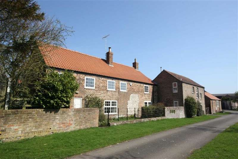 House for sale in East Gate, Rudston, YO25
