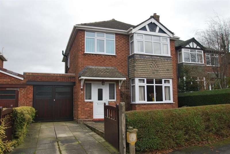 3 Bedrooms Detached House for sale in Hillsboro Avenue, Frodsham