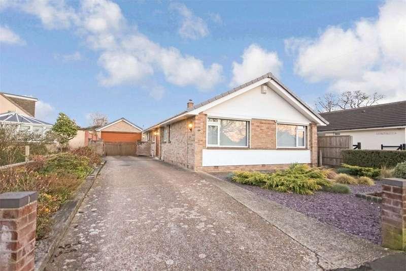 4 Bedrooms Detached Bungalow for sale in 7 Beacon Park Road, UPTON, POOLE, Dorset