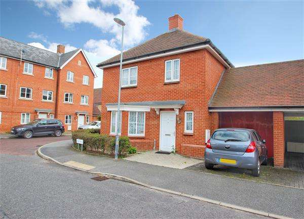 3 Bedrooms Detached House for sale in Kirk Way, Myland, Colchester, CO4