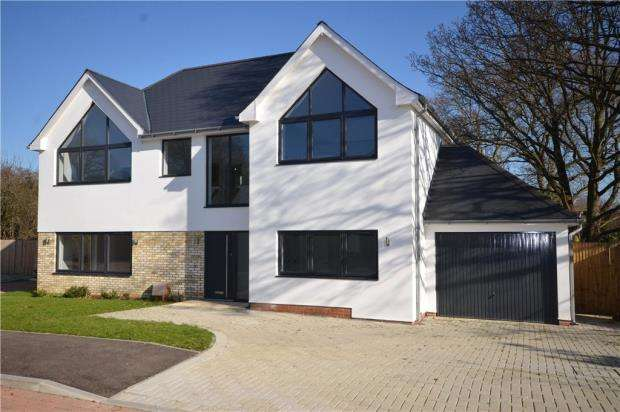4 Bedrooms Detached House for sale in Trinity Place, Park Road, Bracknell, Berkshire