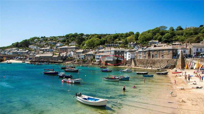 3 Bedrooms Unique Property for sale in The Lobster Pot, South Cliff, Mousehole, Cornwall, TR19