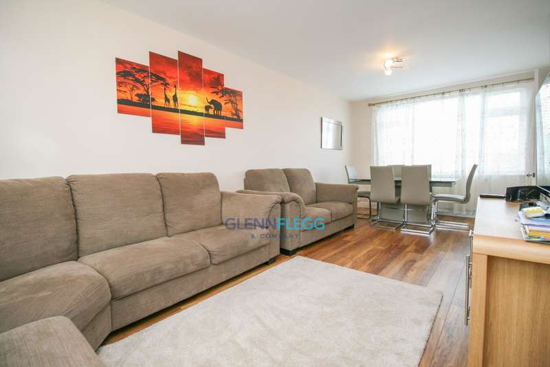 2 Bedrooms Terraced House for sale in Monksfield Road, Slough